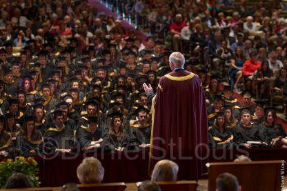 Photo of Peter Mansbridge addresses the Mount Allison Graduating class at Convocation Hall, Sackville, New Brunswick.