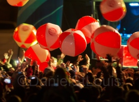 The fans loved tossing these around during Simple Plan's performance
